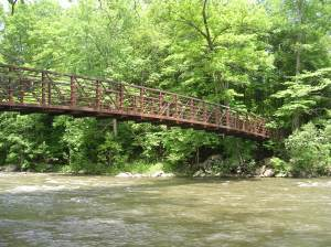 Footbridge over Ten Mile River, CT AT