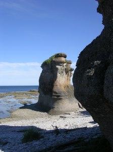 Limestone monument, Ile Niapiskau, Mingan Archipelago.