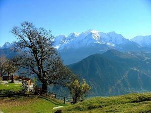 Vue du Mont-Blanc depuis les chalets de Varan, au dessus de Passy