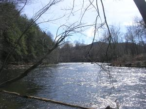 Farmington River, Metacomet Trail, Tariffville CT