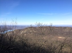 Breakneck Ridge from the approach to Bull Hill summit