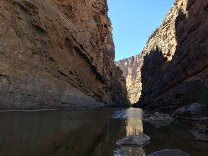 Santa Elena Canyon (US to the right)